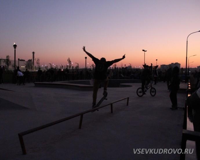 Скейтинг в Мега Парке Кудрово