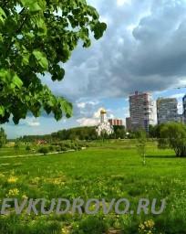 Церковь в парке Оккервиль Кудрово