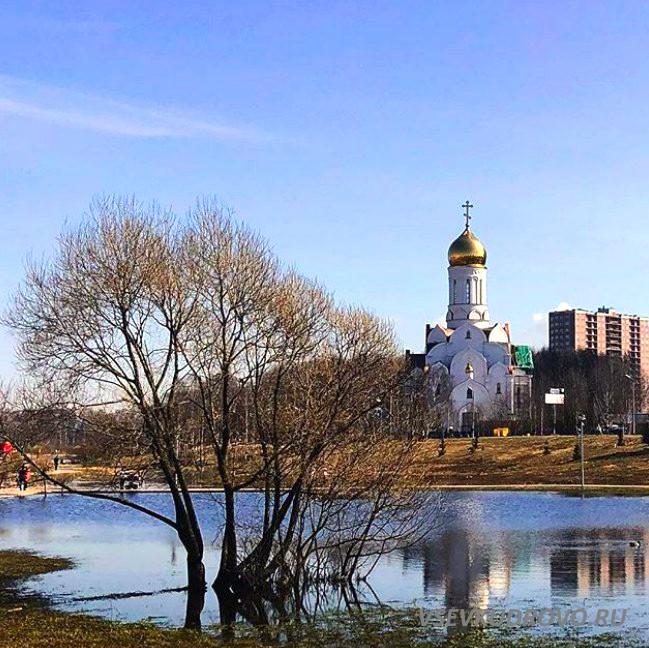 Храм в Кудрово парк Оккервиль
